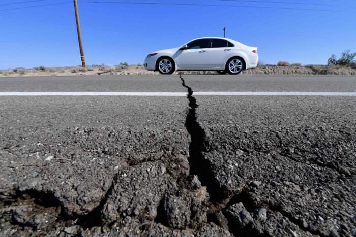 Southern California was rocked by a 6.4-magnitude earthquake Thursday morning, the US Geological Survey said, with authorities warning that the temblor. (AFP Photo)