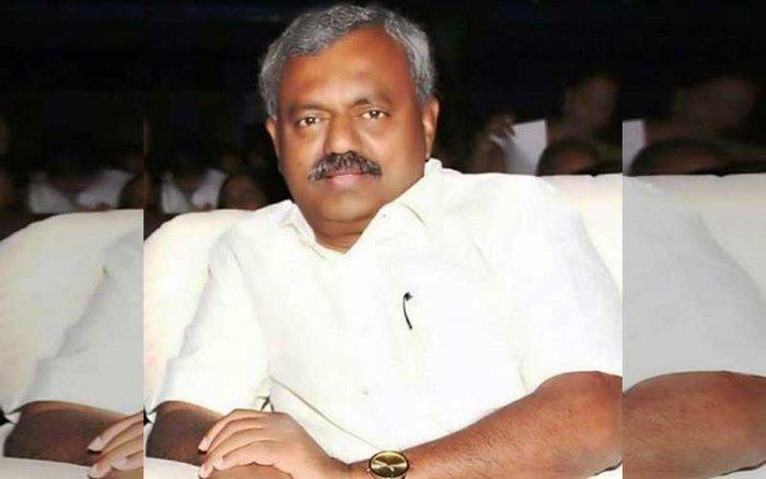 Yeshwanthpur Congress MLA S T Somashekar had convened a meeting of like-minded legislators to register their protest against Kumaraswamy's style of functioning.