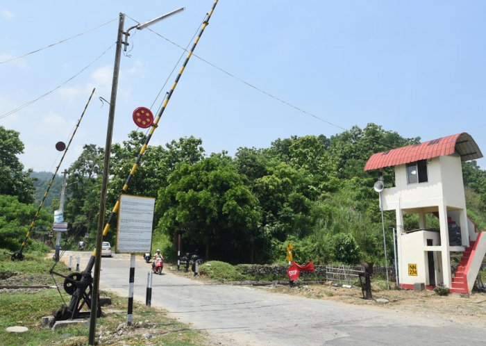 The honey bee sound system installed near a railway level crossing in Assam. Photo credit/ Northeast Frontier Railways.