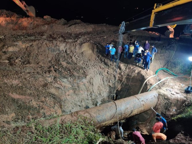 The repair work on the damaged pipeline is in progress near Kannur Masjid on the outskirts of Mangaluru.