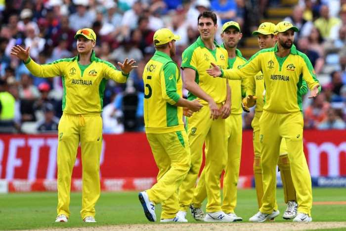 """Australian media lamented their team's """"shellacking"""" by England in the Cricket World Cup semi-final on Friday, warning it was an ominous harbinger for the upcoming Ashes series. (AFP Photo)"""