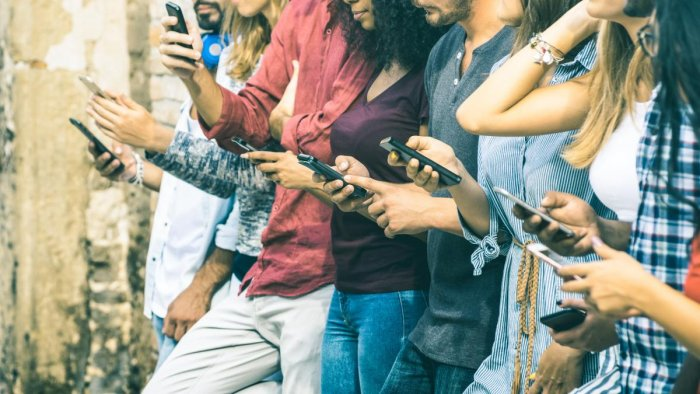 A study by Nimhans suggests that excess usage of mobiles and other communication gadgets is causing undue stress and frustration among people.