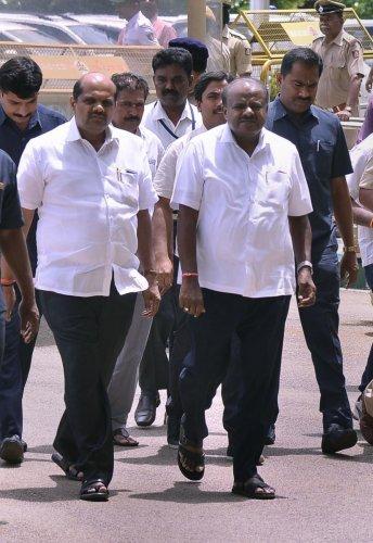 Karnataka Chief Minister H D Kumaraswamy arrives at Vidhana Soudha, in Bengaluru, Thursday, July 11, 2019. (PTI Photo)
