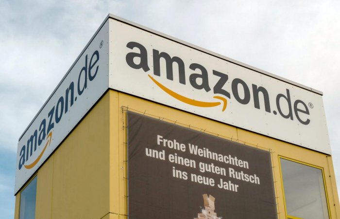 Amazon employees went on strike at seven locations in Germany (AFP Photo)