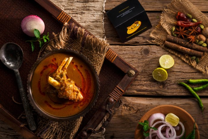 Served with fermented bread earlier, the consistency of the original nihari was that of a thick soup that flowed much like velvet down the throat, had a robust taste yet was thin enough to soak up the bread.