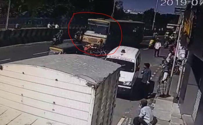 The accident occurred when N K Shiva, who was riding the bike, tried to overtake the MTC bus no. A51 playing from Tambaram East to Broadway near the YMCA grounds in Nandanam at around 8.50 am. (Video grab)