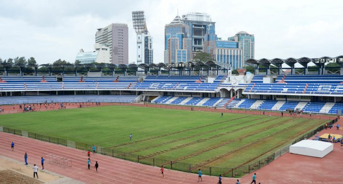 Deputy Chief Minister G Parameshwara is said to have told the Department of Youth Empowerment and Sports (DYES) to hand over the stadium to the BBMP for maintenance and supervision after the lapse of the lease period.DH file photo