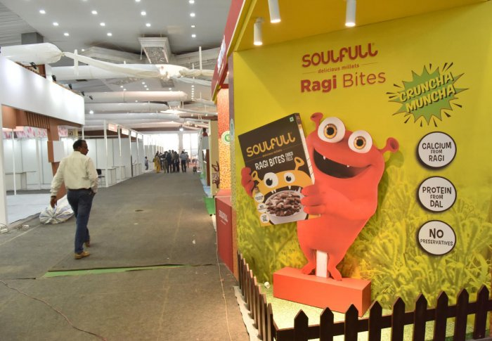The preparation for the Organics and Millets International Trade Fair 2019 is underway at the Palace Grounds on Thursday. DH Photo/Janardhan B K