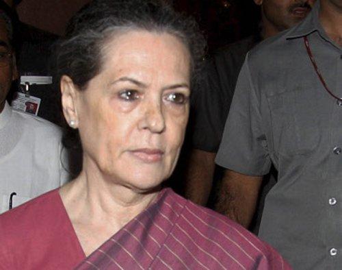 Sonia cancels Maharashtra rallies, citing ill health