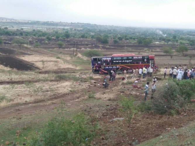 11 killed in two road accidents in Beed, Maharashtra