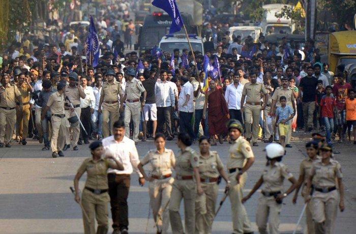 Caste violence erupts in Maharashtra