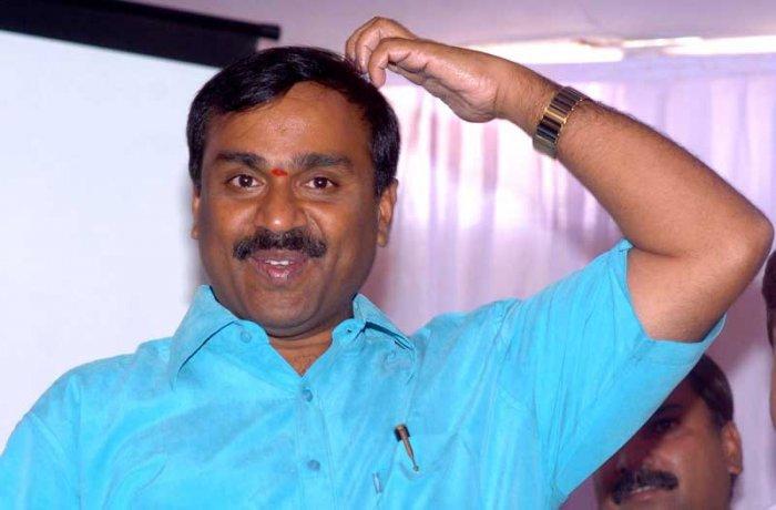 Spl court bins Janardhan Reddy's plea to drop charges