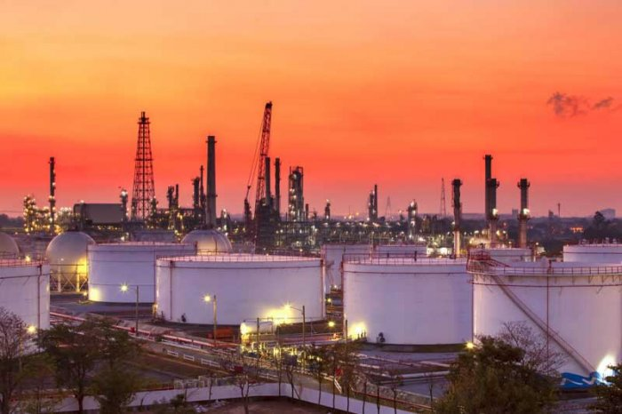 When completed the Rs 3-trillion (Rs three lakh crore) refinery at Nanar in Ratnagiri, that would have been the largest single location refinery complex in the world with a capacity of 60 million tonnes. (Image for representation)