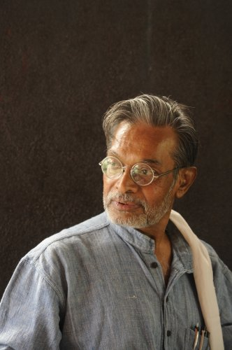 S Raghunandana has written and directed several big Kannada plays, including Gunde Gowdana Charitre.