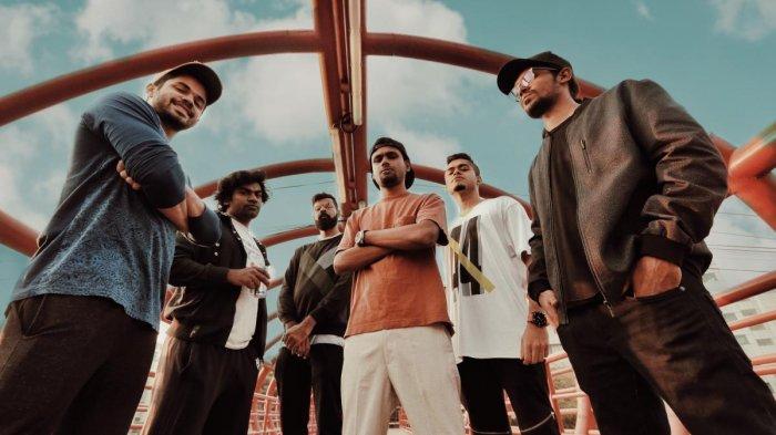 Yo Bro Street Academics describes itself as an alternative hip-hop group. It is based in Kerala.