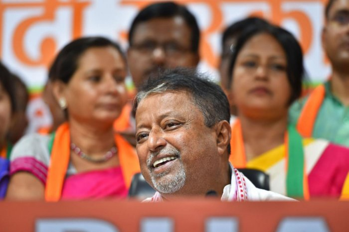 Recently a section of senior state BJP leaders expressed their discontent over Mukul Roy's claim that 107 MLAs from the TMC and the CPM will soon join BJP. PTI file photo