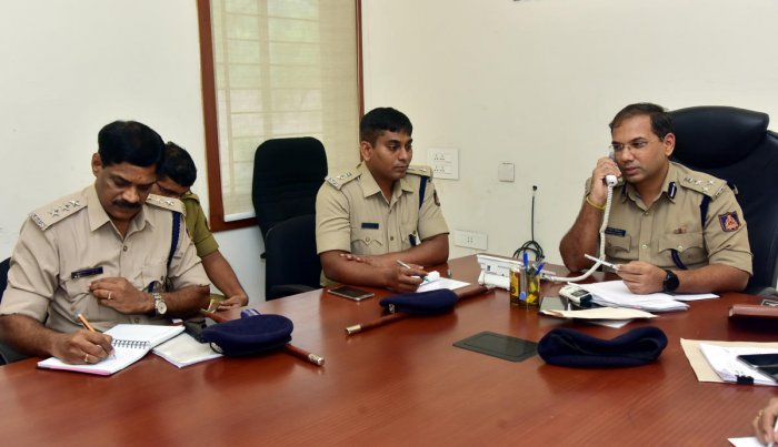 Complaints galore against private buses | Deccan Herald