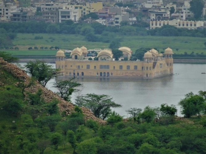 BUOYANT Jal Mahal. PHOTOS BY AUTHOR