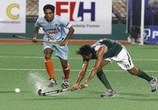 India's title hopes crash with 1-3 loss to Pakistan