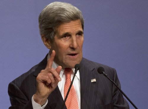 Kerry makes pitch for enhanced India-Pakistan economic ties