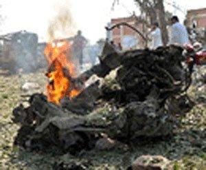 Four blasts rock Pakistan town