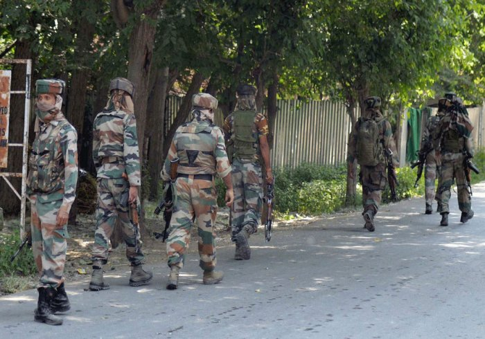 Army orders inquiry into youths' killing in Jammu and Kashmir