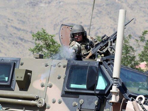 Top Pakistan militant commander killed in Afghanistan