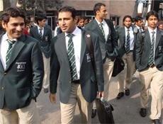 Pakistan, Australian hockey teams arrive in India