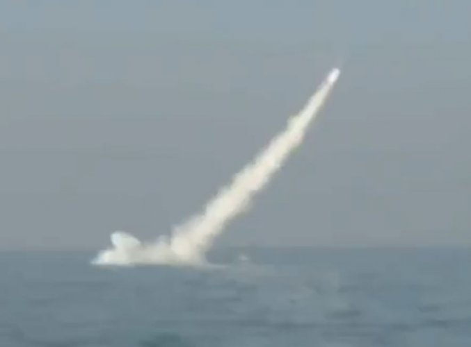 Pakistan test-fires 1st nuclear-capable submarine cruise missile