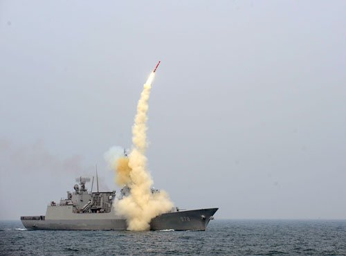 Pakistan successfully test-fires new surface-to-sea missile
