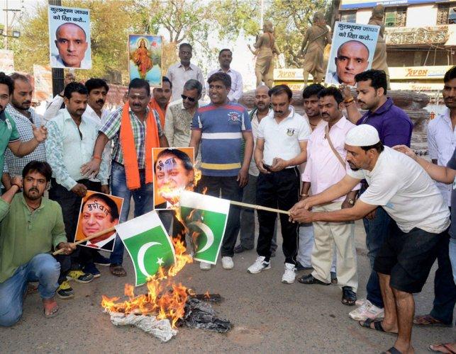 Pakistan warns India against rhetoric over Jadhav's death sentence