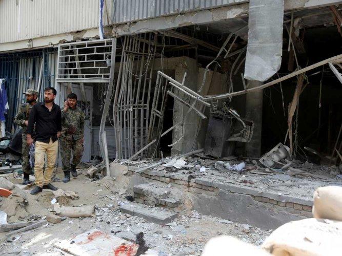 18 killed in suicide attack at Shia shrine in Pakistan