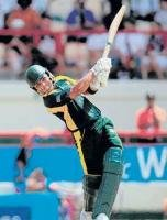 Pakistan knock S Africa out