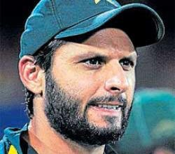 Ruthless Aussies meet mercurial Pakistan