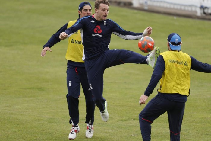 England will start favourites against an inexperienced Pakistan in the first Test at Lord's from Thursday. AFP