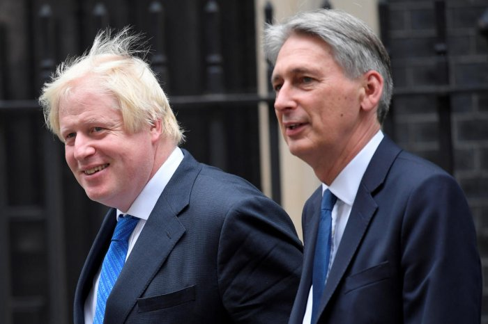 Phillip Hammond (R) and Boris Johnson (L) do not see eye-to-eye on Brexit (Reuters File Photo)