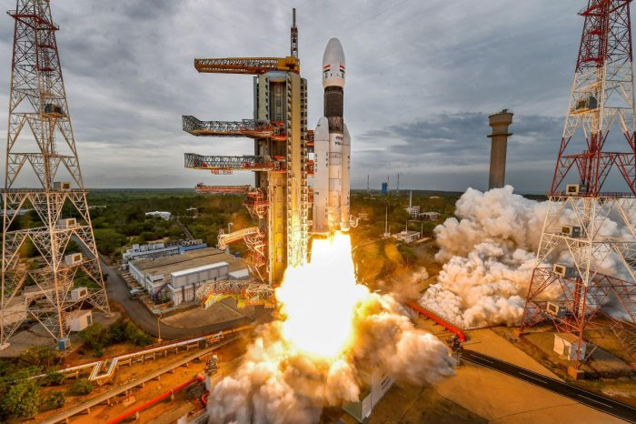 Sriharikota: India's second Moon mission Chandrayaan-2 lifts off onboard GSLV Mk III-M1 launch vehicle from Satish Dhawan Space Center at Sriharikota in Andhra Pradesh, Monday, July 22, 2019. ISRO had called off the launch on July 15 after a technical snag was detected ahead of the lift-off. (ISRO/PTI Photo)