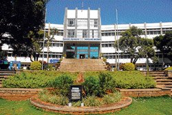 For commoners' benefit, BU to start mobile science unit
