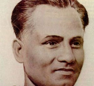 Sports Ministry backs  Dhyan Chand for Ratna