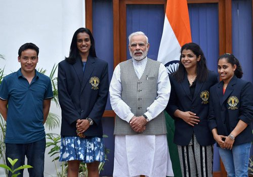 PM Modi hosts national sports awardees