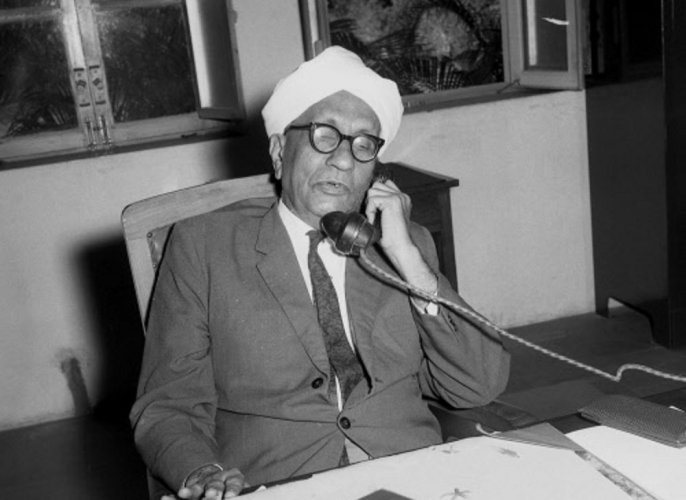 Quiz: Remembering Sir C V Raman on National Science Day