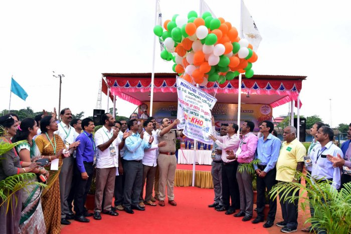 Udupi SP Laxman Nimbargi and ZP CEO Shivananda Kapashi inaugurate South Zone inter university women's kho-kho tournament, at Udupi on Monday.