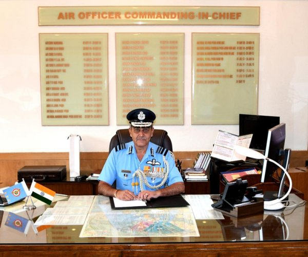 Air Officer Commanding-in-Chief Training Command Air Marshal SK Ghotia will lay the wreath at the War Memorial in Bengaluru on July 26. A victory run will be taken out on July 27 from Cubbon Park. (DH File Photo)