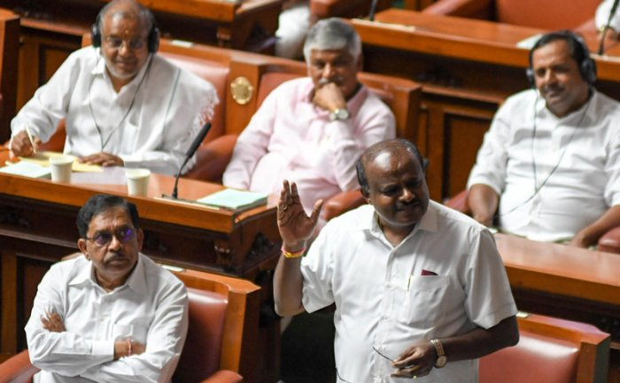 Kumaraswamy, in his reply to the confidence motion, said the BJP will face backlash from within soon after incoming chief minister B S Yeddyurappa would form his Cabinet. (DH Photo)