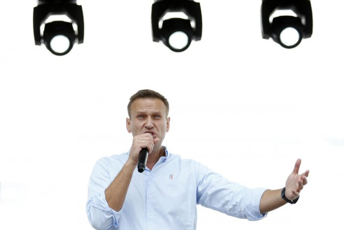 Russian opposition leader Alexei Navalny said he was arrested in an apparent move by the authorities to prevent a major protest rally this week. (AFP Photo)