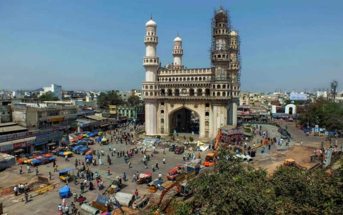 A temple painter was stabbed 16 times by a group of youth in Hyderabad for adopting a Muslim girl who lost her parents in the 2007 Hyderabad blasts. (PTI file photo)