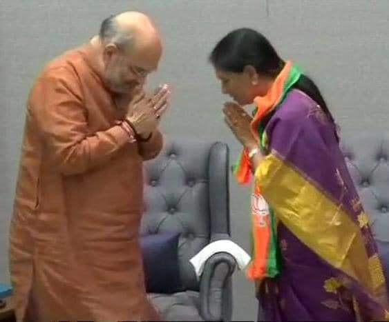 DK Aruna, a very prominent Congress leader from Telangana who lost the Assembly elections joined the BJP. DH photo