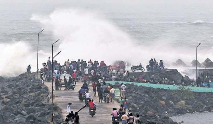 The Kakinada coast on Monday. DH PHOTO
