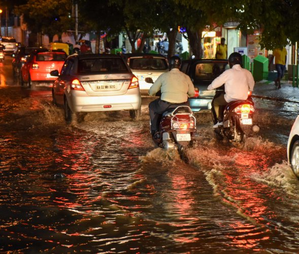 Inundated roads and underpassesleft motorists and pedestrians in knee-deep waters. Traffic snarls onvarious roads were commonplace.