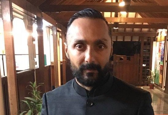 Actor Rahul Bose's Twitter posts about being charged Rs. 442.50 for two bananas at a 5-star hotel went viral